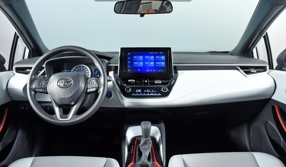 Вперед с комфортом: Toyota презентовала новинку Levin Sport